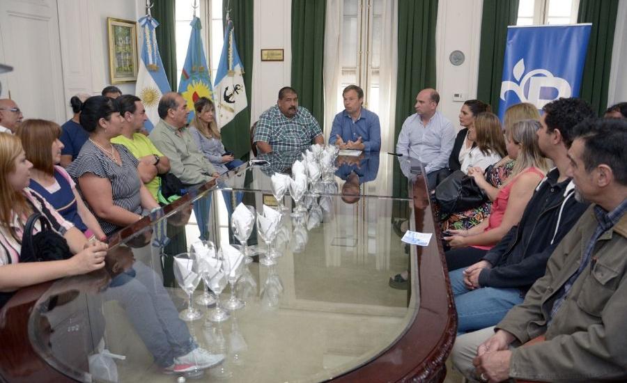 El intendente concretó otro pase a planta de empleados municipales