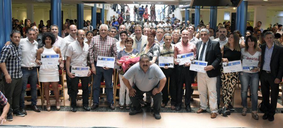 Cascallares reconoció a los trabajadores municipales que cumplieron 25 años de servicio