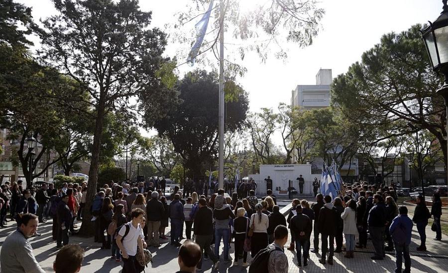 Almirante Brown rindió homenaje al padre de la patria en el 168º aniversario de su fallecimiento