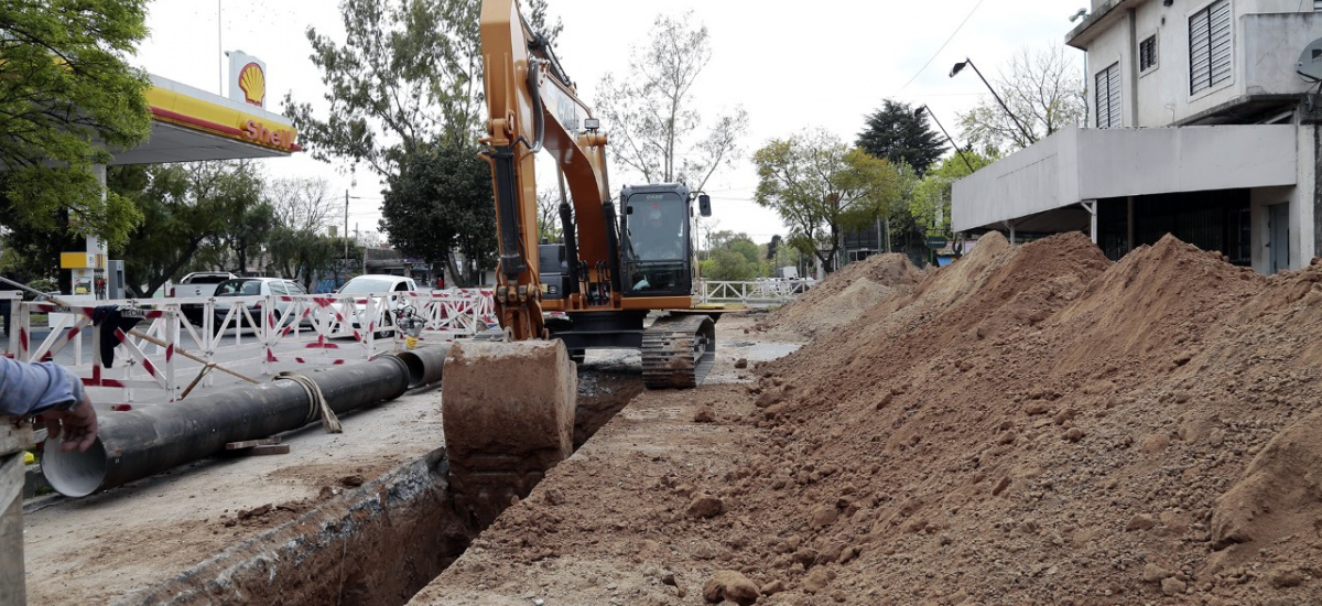 """Cascallares: """"Avanzamos con 14 mil nuevas conexiones y 22 obras de cloacas y agua potable"""""""