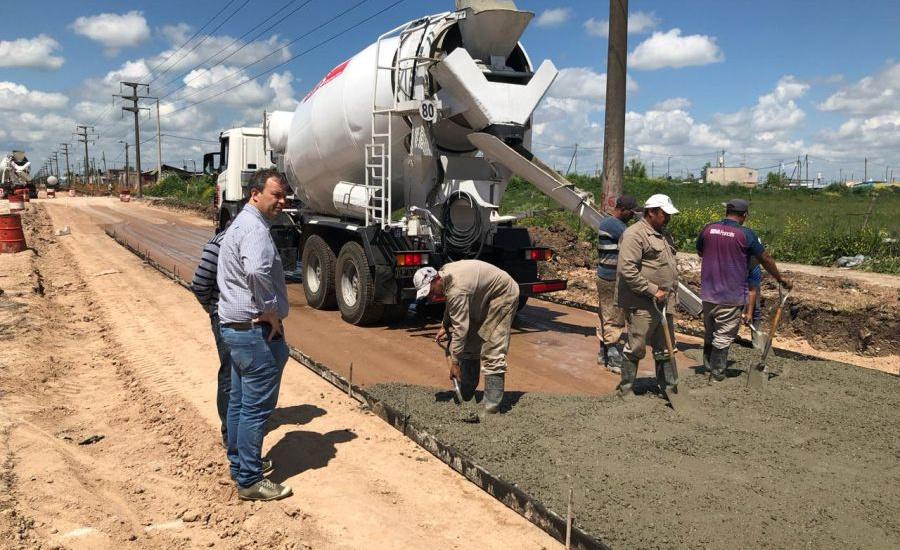 El municipio avanza con más obras de asfalto que conectan localidades y mejoran la transitabilidad