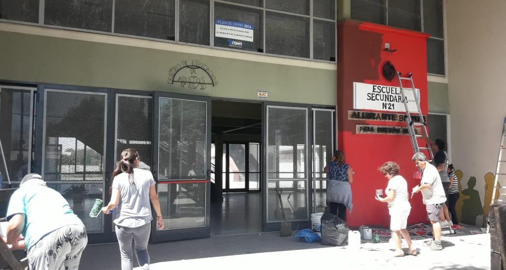 """El programa """"El Municipio presente en las escuelas"""" se lleva adelante en Burzaco"""