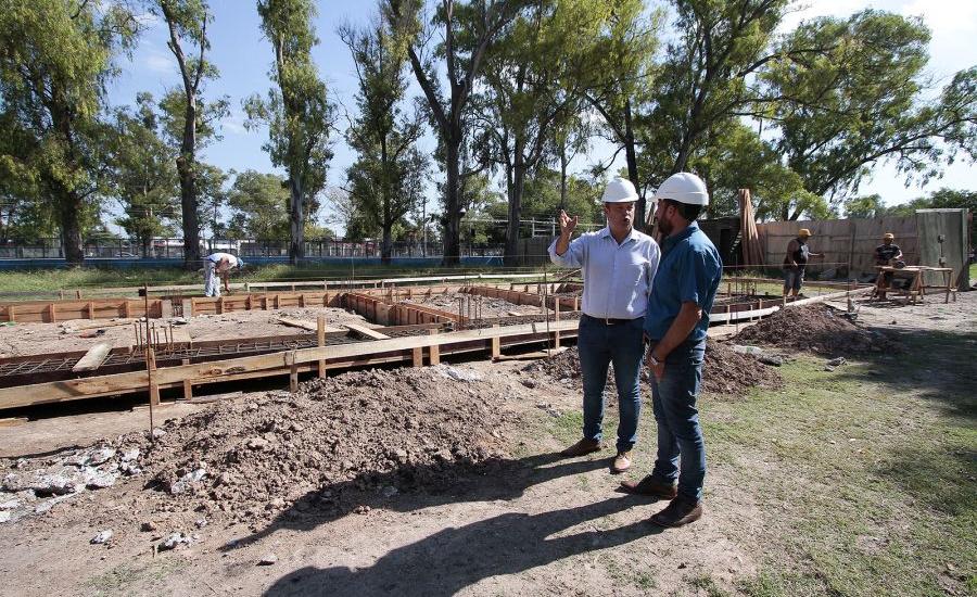 Cascallares recorrió la obra de la nueva delegación municipal de Claypole