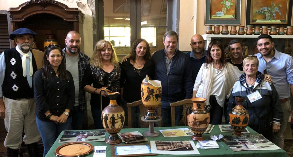 Cascallares en los festejos por los 50 años del Museo Manigrasso de Glew