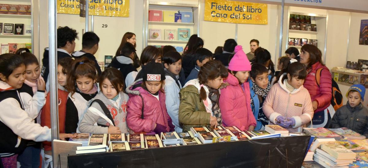 """Mañana jueves abre sus puertas la cuarta """"Feria Internacional del Libro"""" de Alte Brown"""