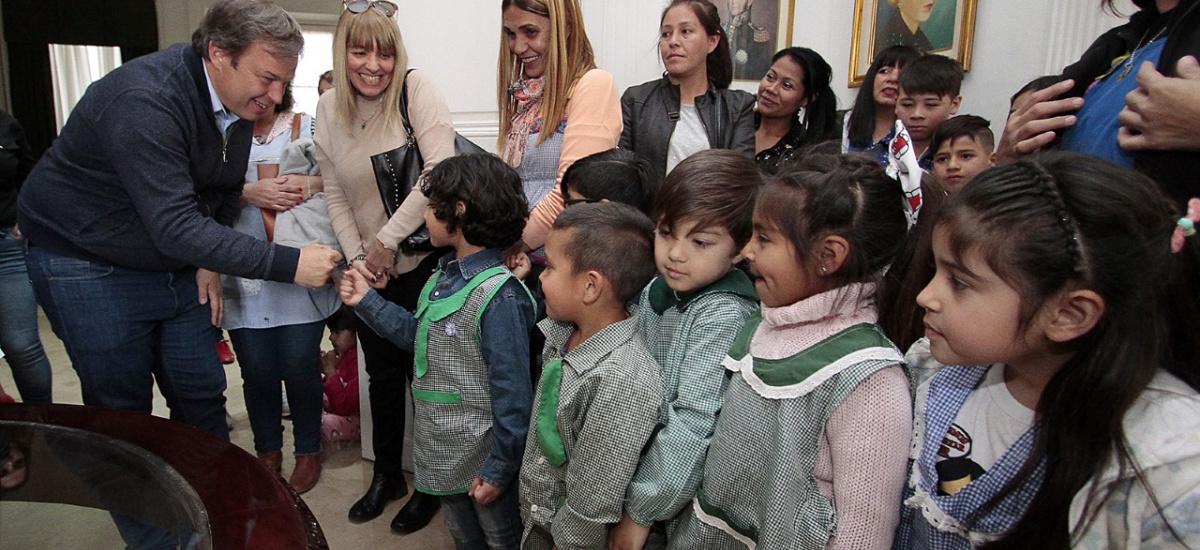 Cascallares premió trabajos de alumnos que participaron de la Feria de Educación, Arte, Ciencia y Tecnología