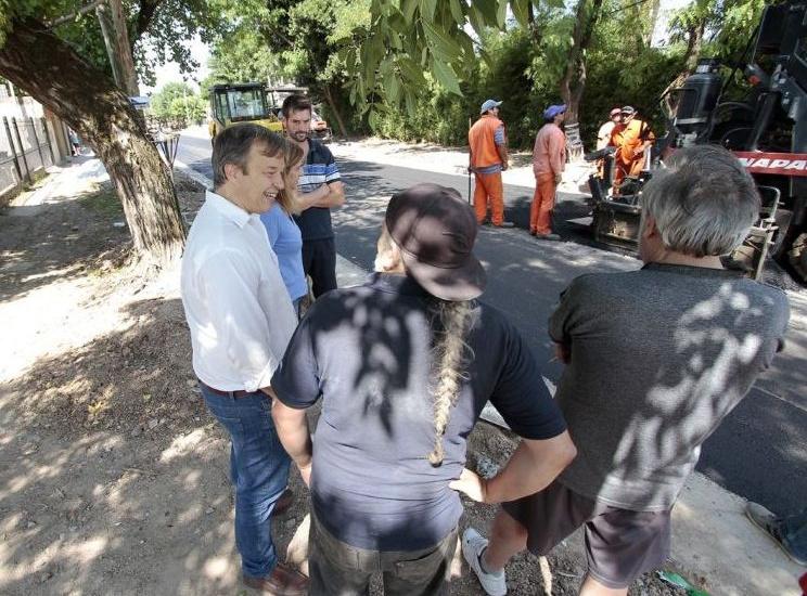 Cascallares recorrió la obra de la calle Diómede en Burzaco y Malvinas Argentinas