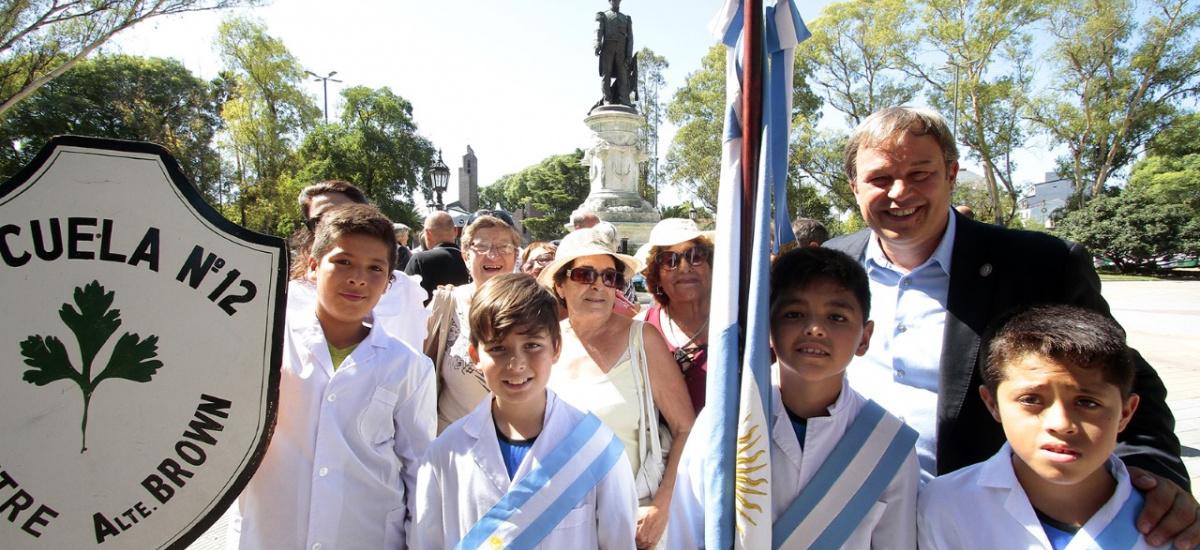 Pueblo y gobierno rindieron homenaje al almirante Guillermo Brown a 163 años de su fallecimiento