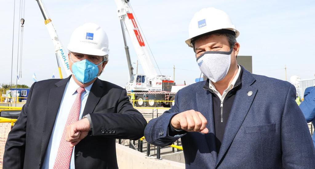 Cascallares junto a Alberto con obras para extender el servicio de agua en Almirante Brown