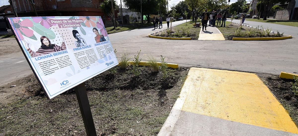 Cascallares inauguró un nuevo espacio público: el Paseo de las Mujeres y disidencias