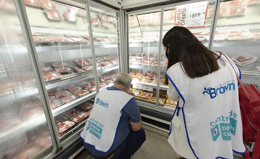 El Municipio fomenta el consumo de productos masivos a precios accesibles