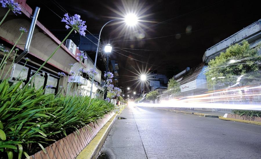 El Municipio suma más luces LED y este año instalará más de 30 mil unidades