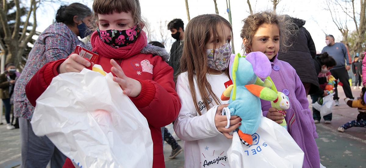 Más de 500 instituciones brownianas agasajaron a niñas y niños con regalos