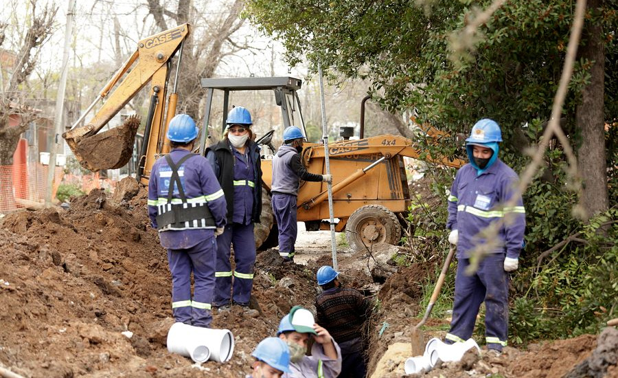 """Avanza la red cloacal """"Burzaco Sur"""" que beneficiará a 6 mil vecinos del distrito"""