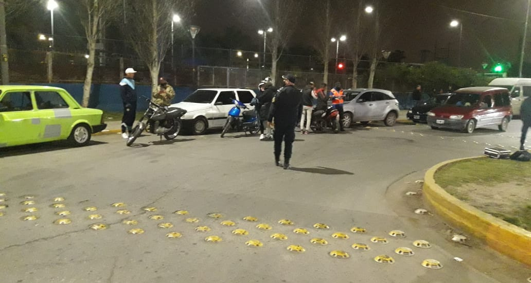 Longchamps: En operativos antipicadas secuestran motos, autos y retienen licencias