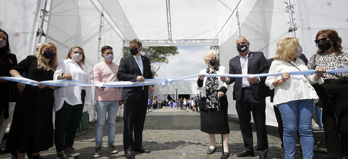 Cascallares inauguró junto a Estela de Carlotto la 5° Feria Internacional del Libro de Alte Brown