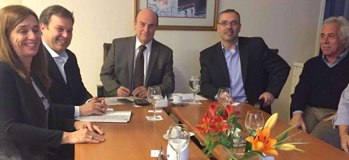 Cascallares acuerda con AySA el plan director de agua y cloacas para Almirante Brown