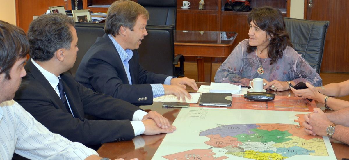"""Cascallares obtuvo el compromiso de la provincia de que el hospital Meléndez """"es prioridad absoluta"""""""