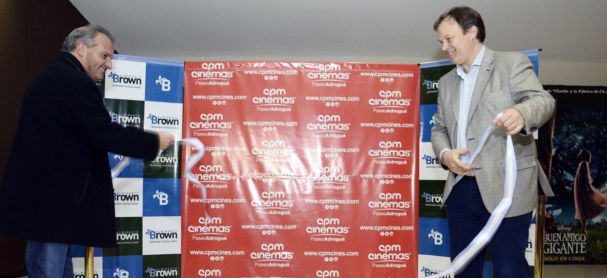 El intendente participó de la apertura de un nuevo complejo de cines en Almirante Brown