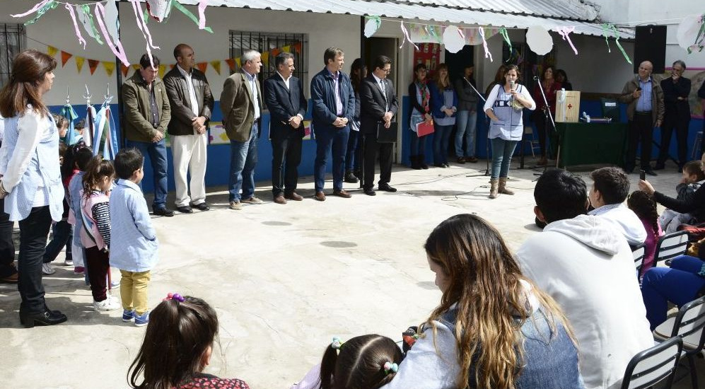 Cascallares encabezó la inauguración del Jardín de Infantes 957 de Claypole