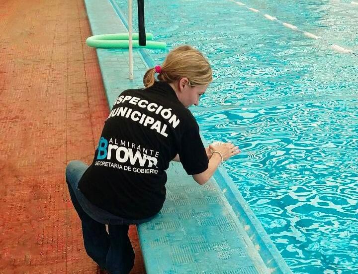 El municipio supervisó el funcionamiento de natatorios