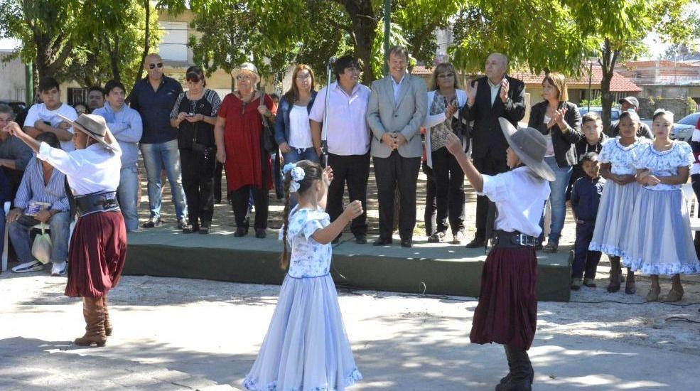 CASCALLARES ANUNCIÓ PRÓXIMO INICIO DE OBRAS DE CLOACAS DE AYSA EN ANIVERSARIO DE SOLANO
