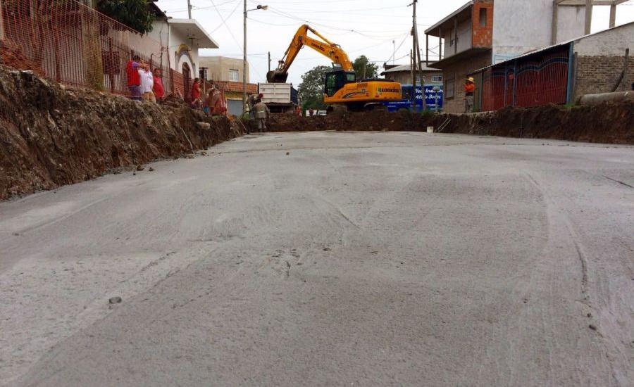 El municipio de Alte Brown ejecuta importantes obras de asfalto en Claypole