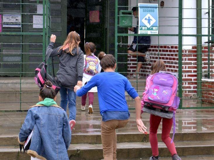 El municipio de Alte. Brown pone en marcha corredores escolares seguros