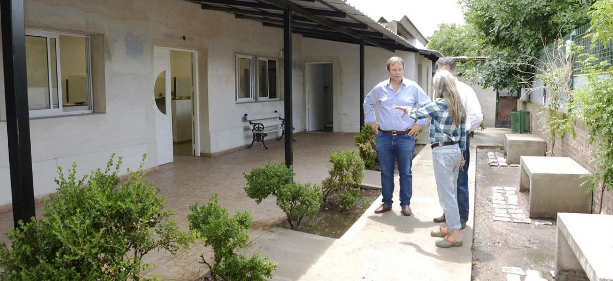 Cascallares recorrió la obra de remodelación y ampliación del Centro de  Zoonosis