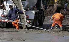 Avanzan las obras de asfalto en barrios y localidades de Alte. Brown